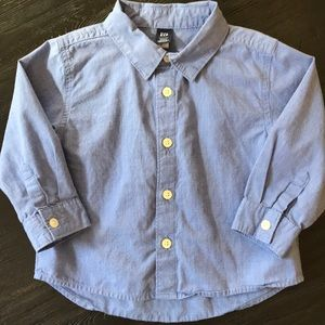 Gap button up Shirt 2T